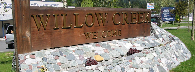 Willow Creek Welcome Sign