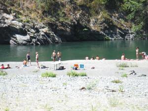 People at Kimtu Beach